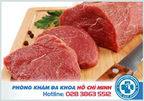 Bị rong kinh nên ăn thịt bò và thực phẩm có màu đỏ