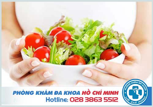 Xây dựng chế độ ăn uống lành mạnh ngăn ngừa tình trạng đi cầu ra máu
