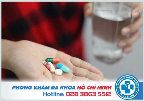Phương pháp nội khoa cũng được sử dụng cho một số nguyên nhân gây đi tiểu ra máu