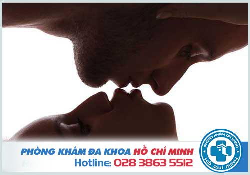 Hình ảnh bệnh lậu ở miệng qua từng giai đoạn do quan hệ tình dục không an toàn