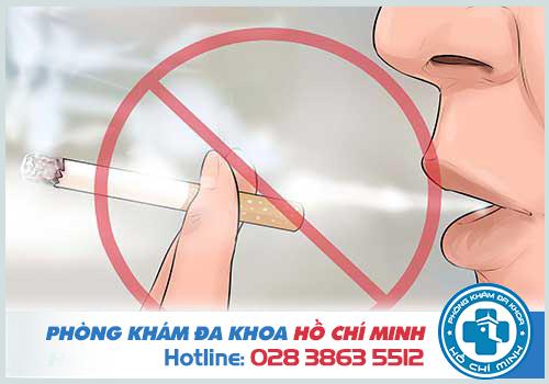 Thường xuyên hút thuốc lá làm tăng nguy cơ mắc bệnh ung thư vòm họng