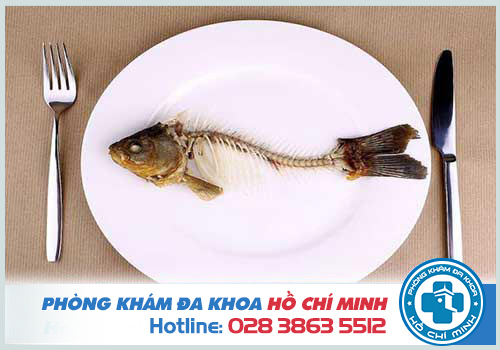 Hóc xương cá không thể tự khỏi nếu chiếc xương có kích thước to