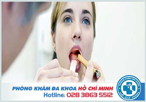 Nguyên nhân gây ngứa cổ họng là gì?