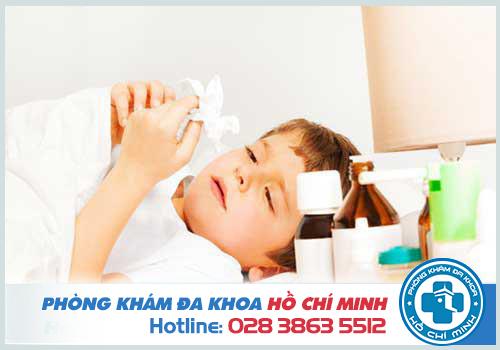 Sổ mũi lâu ngày không khỏi ở người lớn và trẻ em có nguy hiểm không?