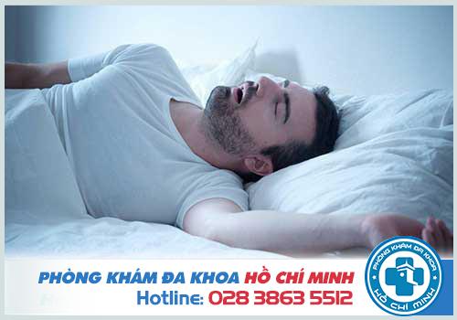 Ngủ ngáy là do bệnh viêm amidan mãn tính