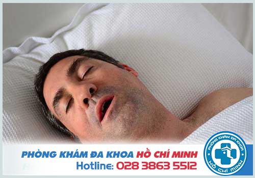 Ngủ ngáy thường gặp ở những người béo phì
