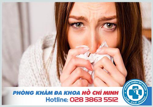 Viêm mũi họng xuất tiết là gì: Nguyên nhân, Triệu chứng và Cách chữa